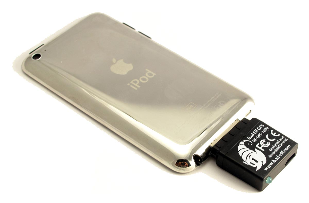 badelf-gps-ipod-touch-back
