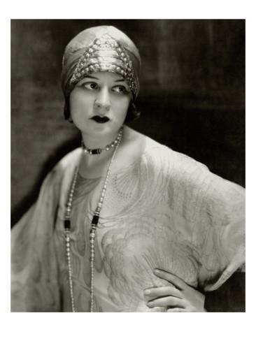 """Lenore Ulric """"Vanity fair"""",1926 kovas (Edward Steichen)"""