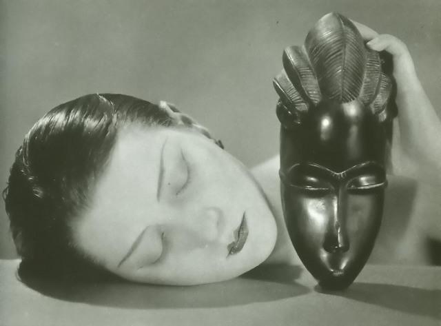 ManRay: Noire et Blanche (1926 m.)