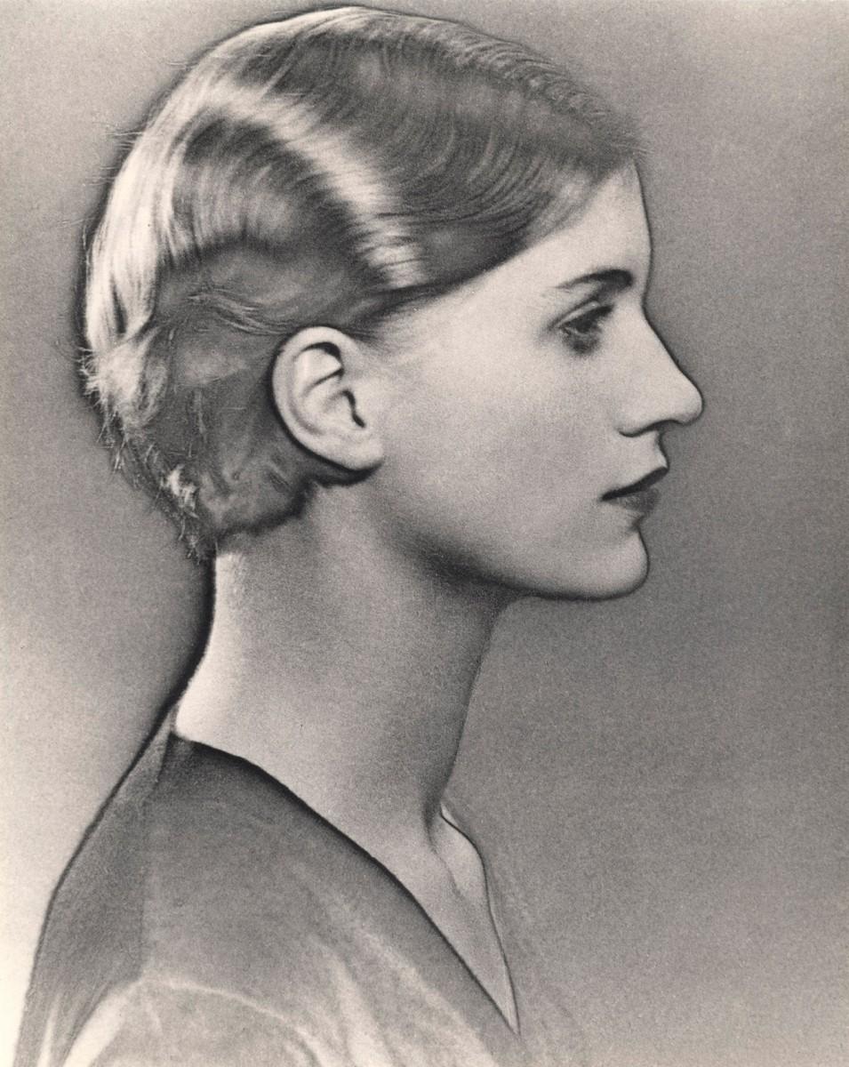 Man Ray: Soliarizuotas Lee Miller portretas (1930 m.)